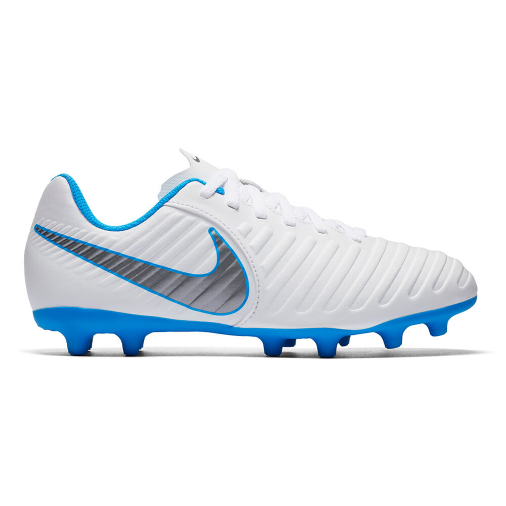 finest selection a7708 85fcf Nike Tiempo Legend VII Club Junior Football Boots